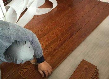 铺设实木地板,龙骨应该怎么选择?